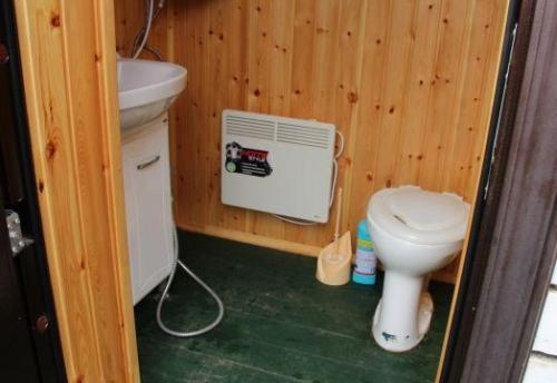 Зимний туалет на даче