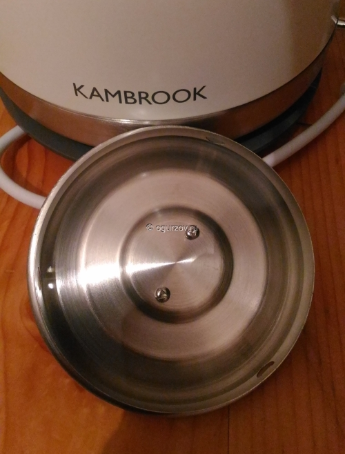 Kambrook ASK400 крышка вся из металла